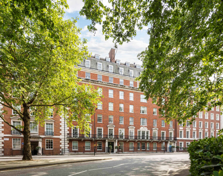 Saudi Billionaire Spends £18.6m on Grosvenor Square Home for his Daughter