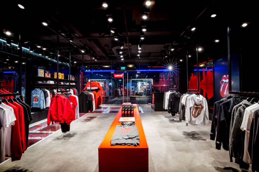 Inside RS No. 9 Carnaby