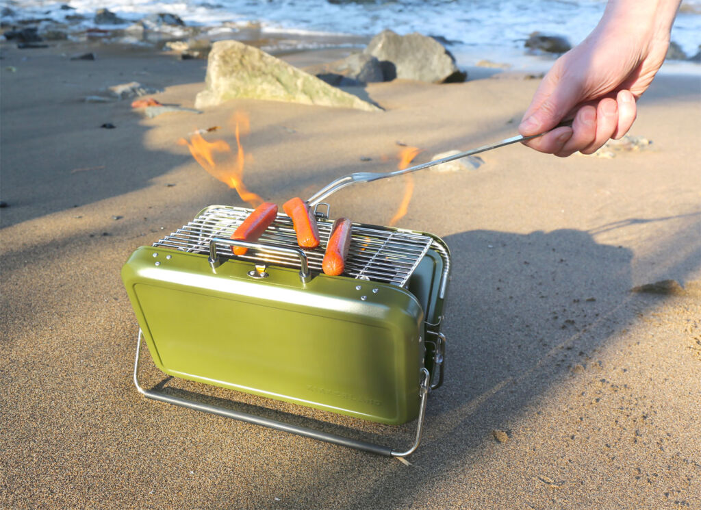 Kikkerland Suitcase BBQ grilling in the beach