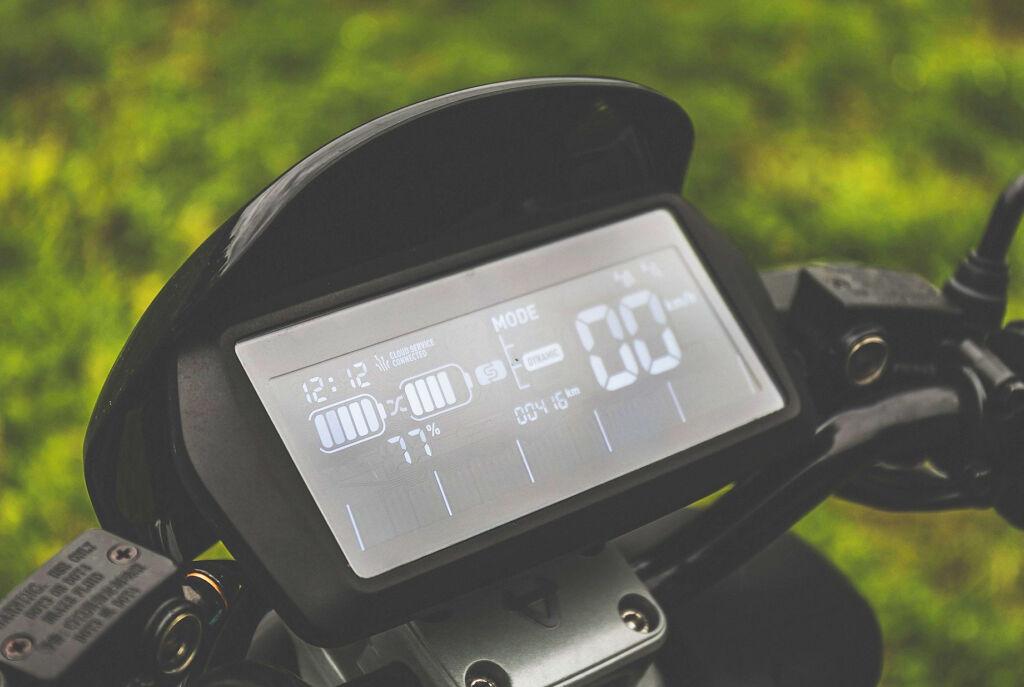 NIU NQi GTS Sport digital dashboard
