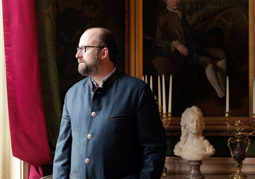 Prince Robert de Luxembourg at home