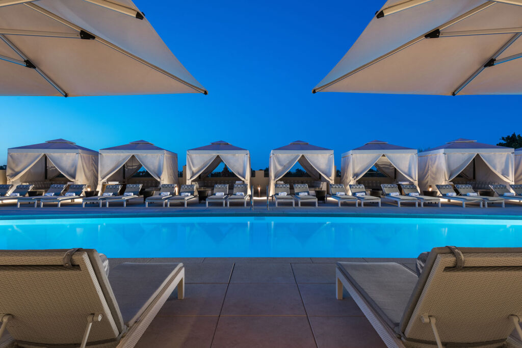 Rooftop swimming pool at the Phoenician Scottsdale