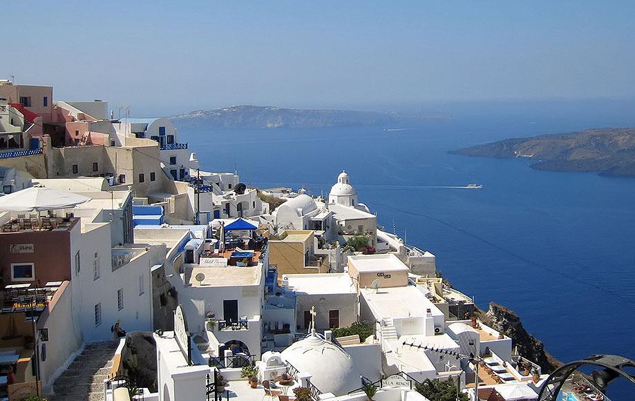Hillside properties in Greece overlooking the sea