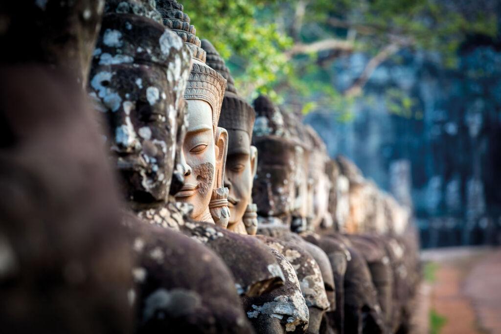 Row of stone statues at Angkor Wat