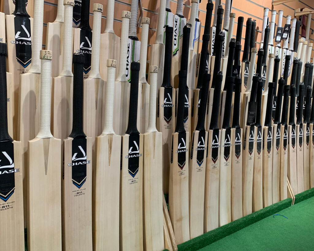 The range of bats made by Chase Cricket