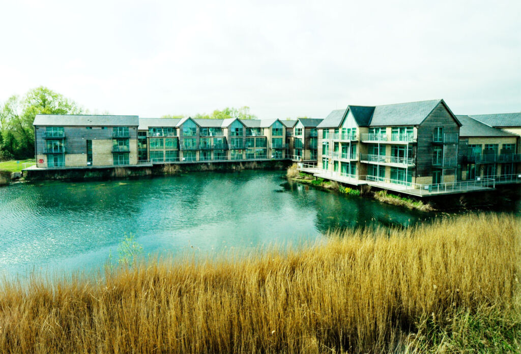 De Vere Cotswold Water Park Could be the Ideal Autumn Escape