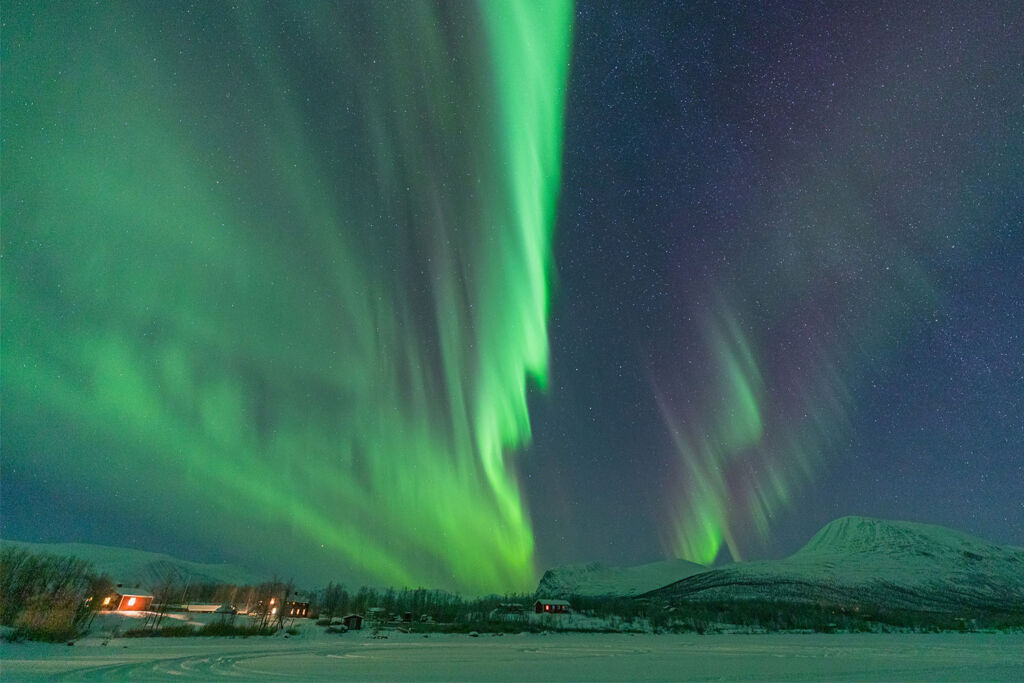 Enjoy the incredible Northern Lights during your Sami Experience