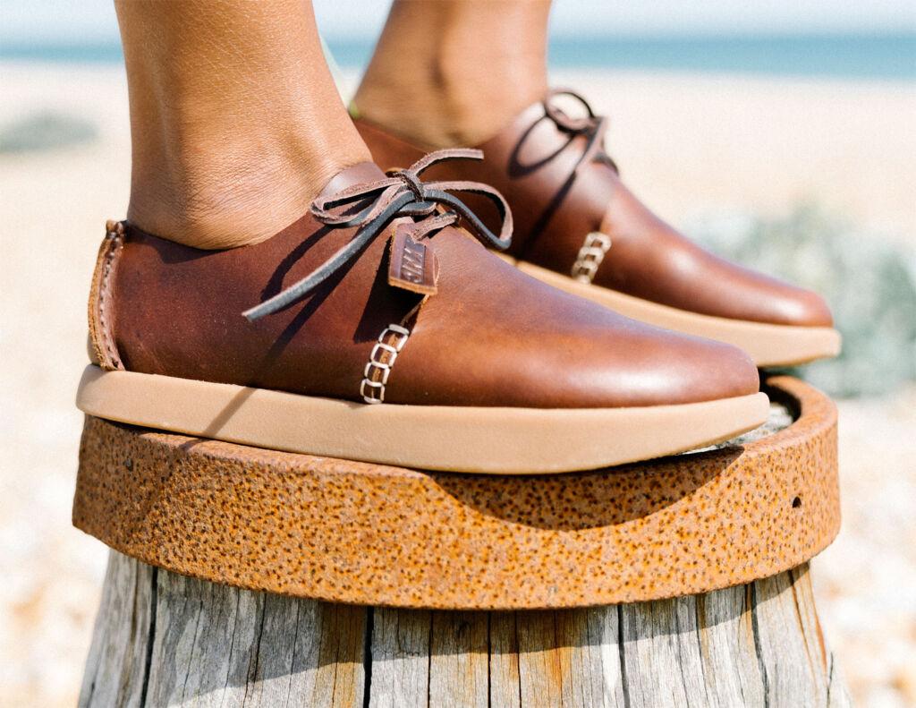 Yogi Orson womens shoe in tan