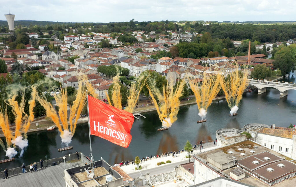 Cai Guo-Qiang's fireworks display on the river for Hennessy