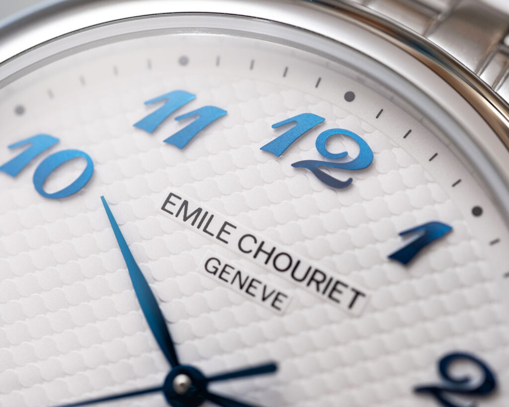 Closeup of the dial and numerals on the Lac Lèman Chronometer