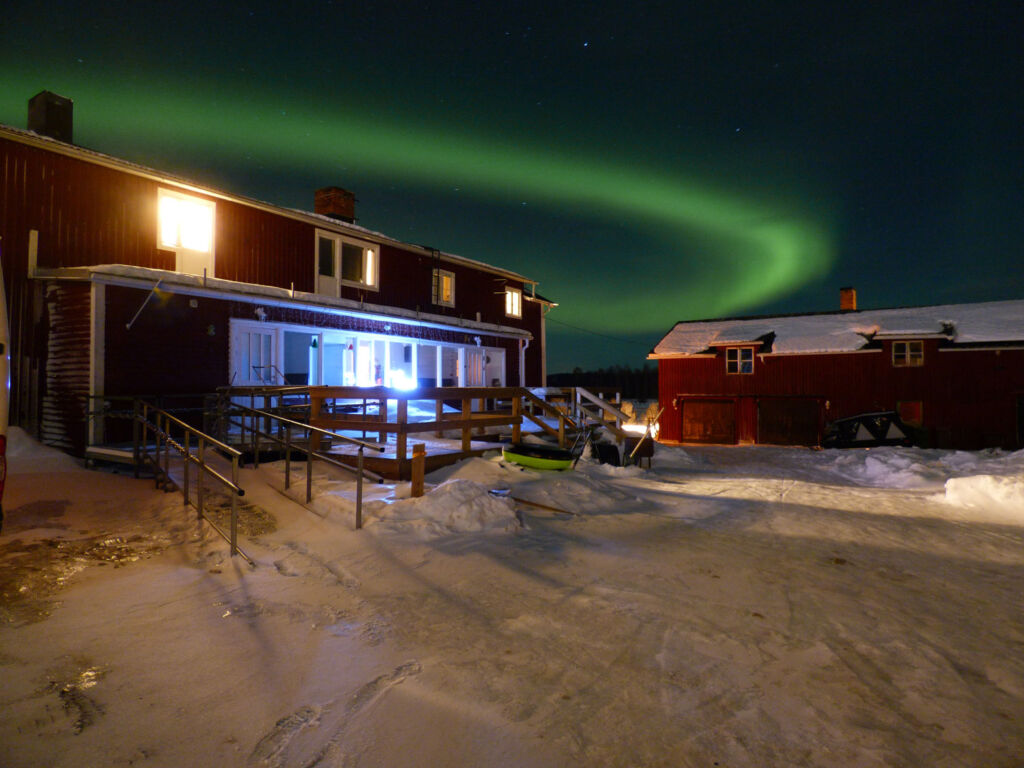 Experiencing the Northern Lights in Swedish Lapland