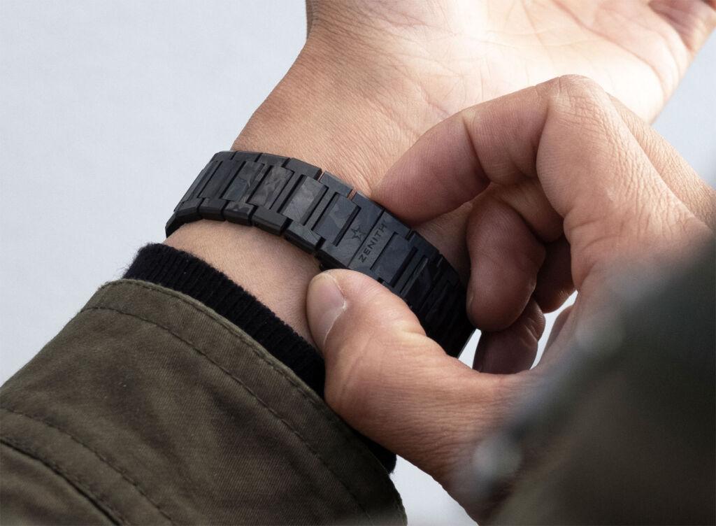 The defy Classic carbon bracelet
