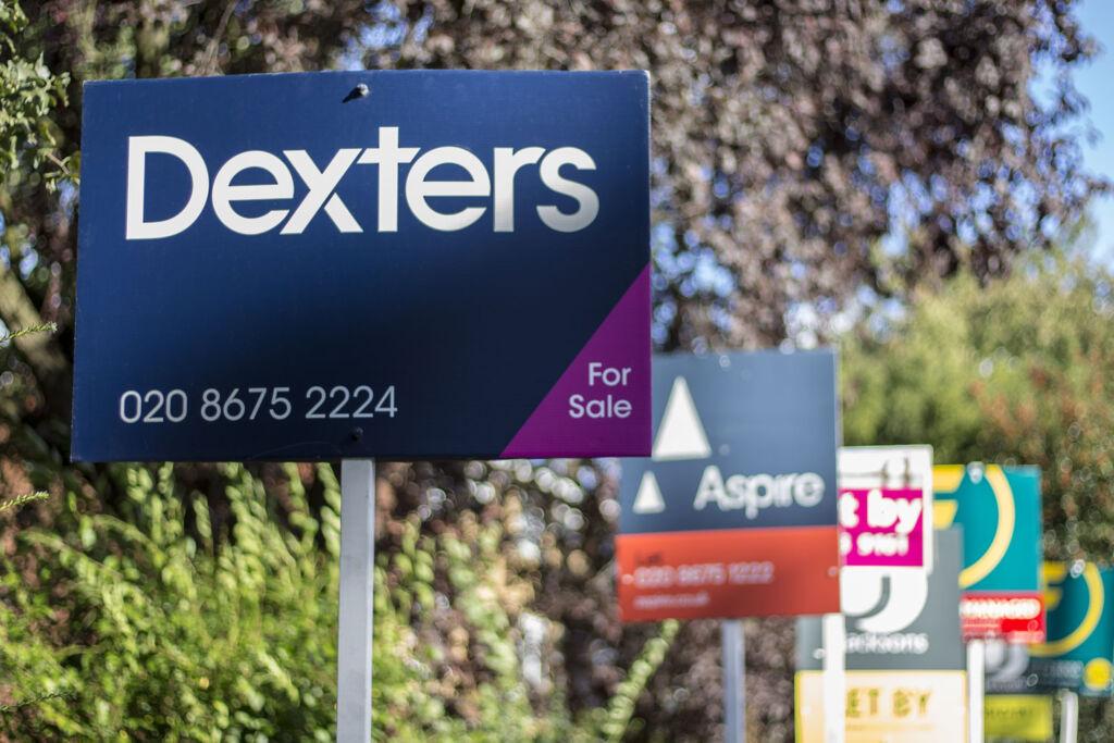Dexters property for sale board