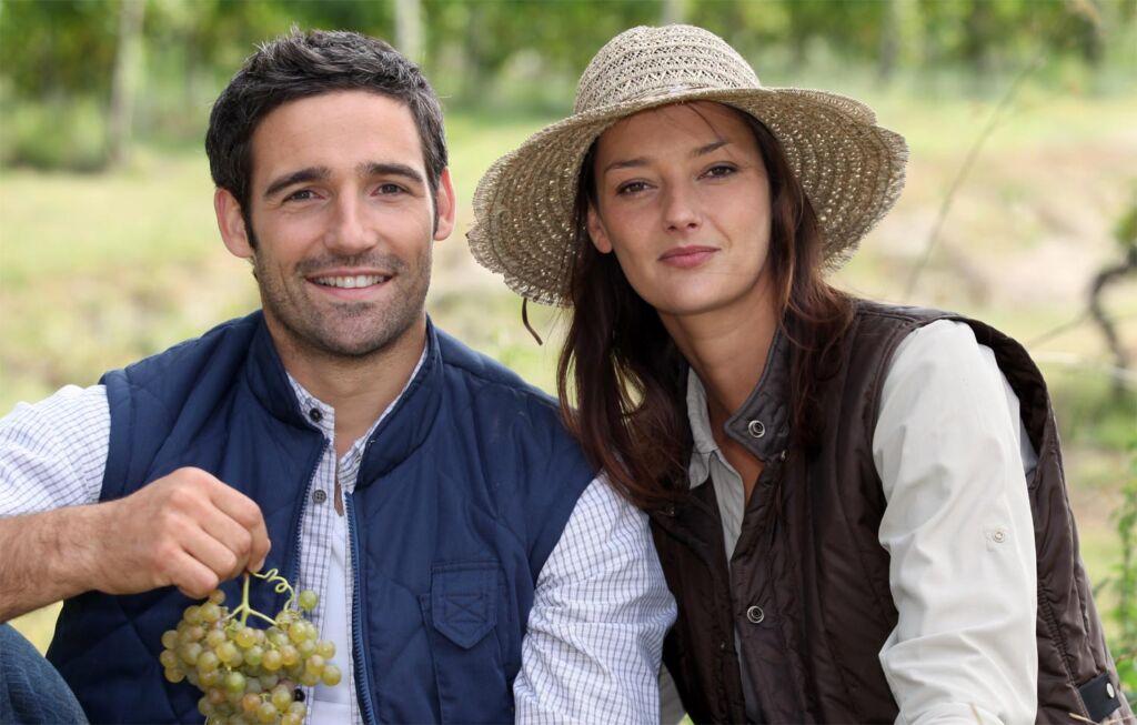 A young couple enjoying a picnic