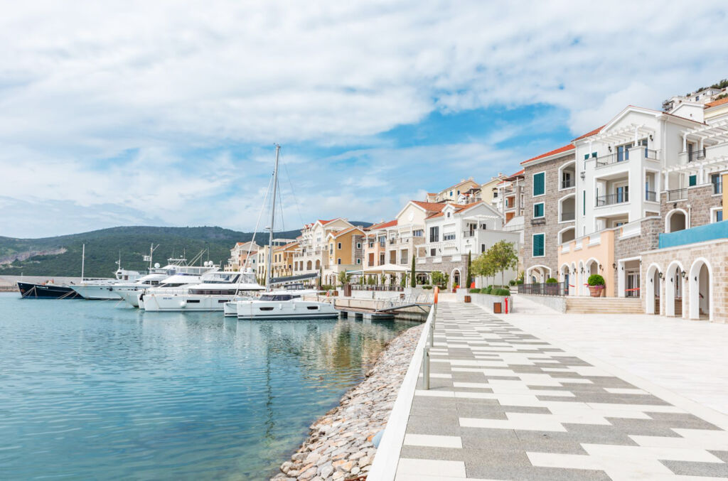 The waterfront is an ideal place to recharge your batteries