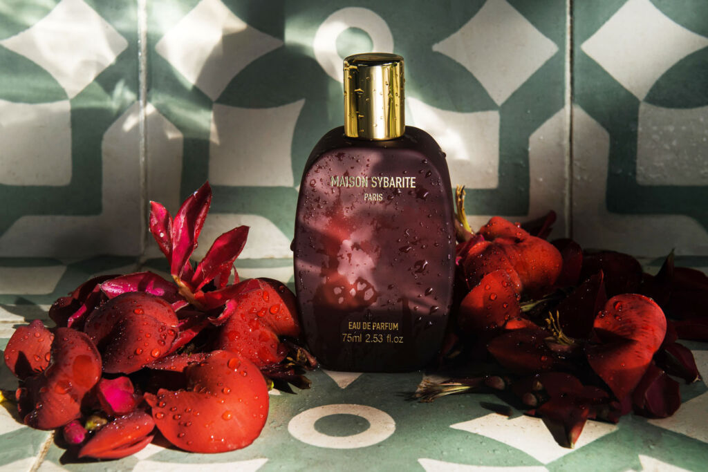 The perfume, like all Maison Sybarite Perfumes contains no nasties