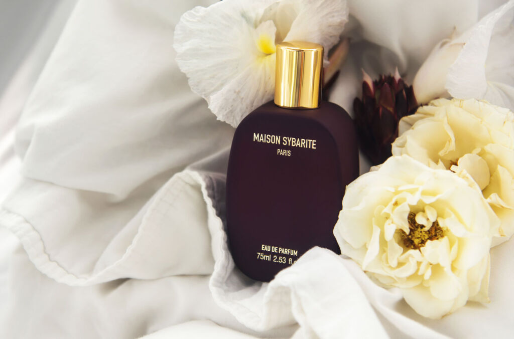 Maison Sybarite Launches New Amber Gaze Fragrance