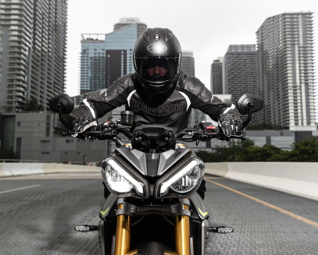 Riding the Triumph Speed Triple 1200 RS