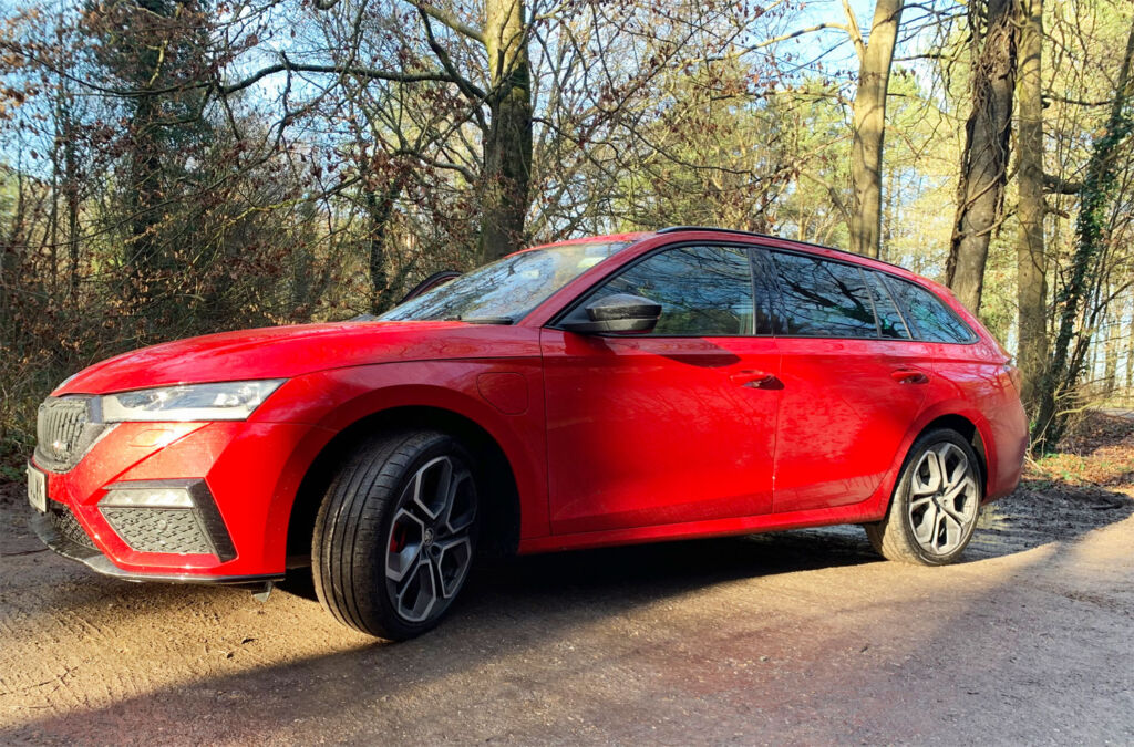 Does the Skoda Octavia iV VRs PHEV Lead the Charging Pack?
