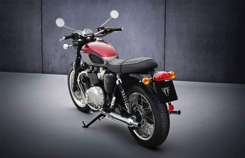 The two-tone T120 seen from the back