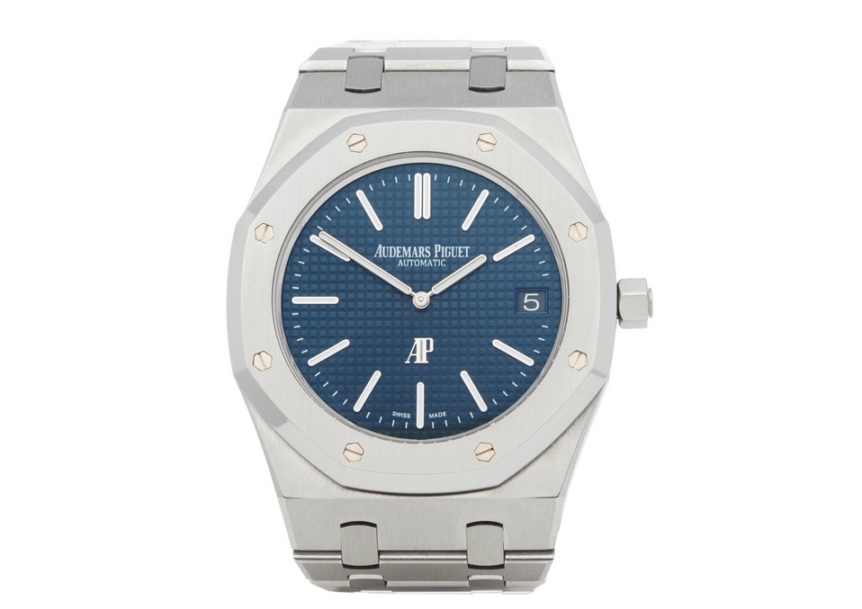 A front view of the Audemars Piguet Royal Oak – 15202ST in steel