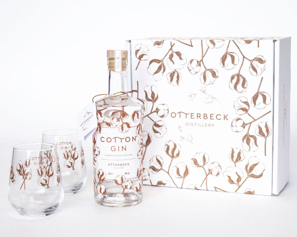 The Otterbeck's Cotton Gin gift set with its two engraved glasses