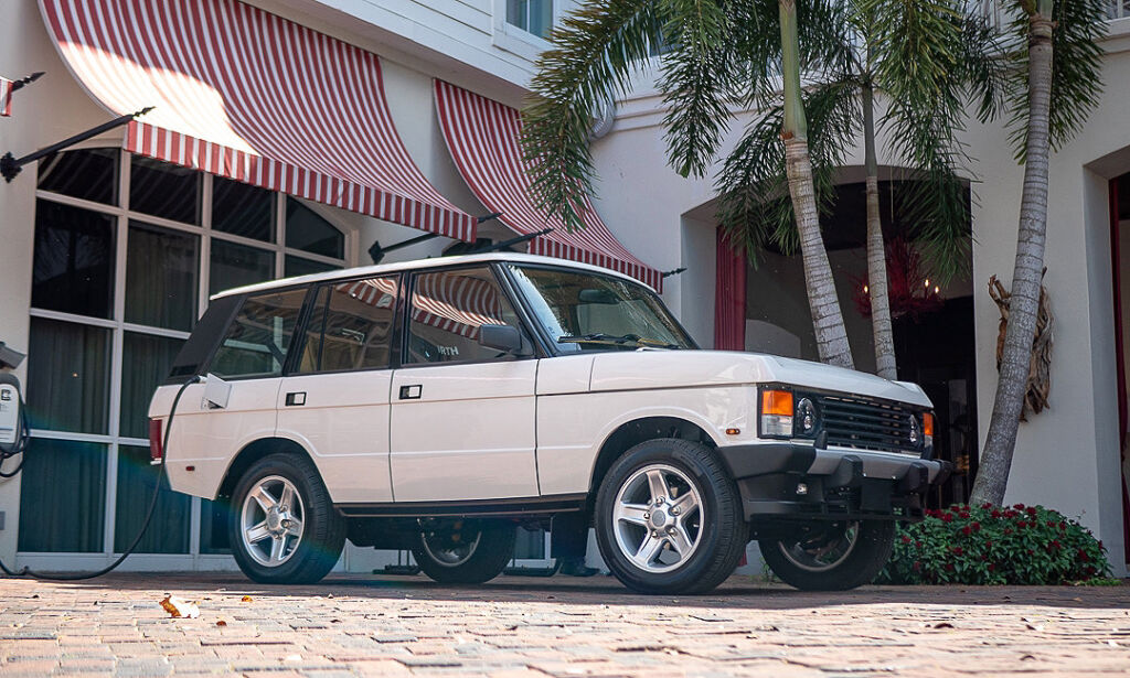 The completed Range Rover Classic parked outside a house in Florida