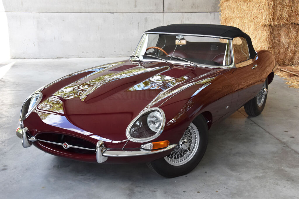Maroon coloured fully restored series 1 E-type
