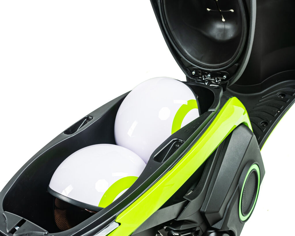 Silence electric scooter storage space