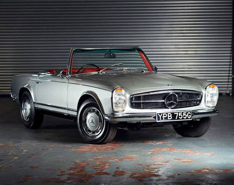 The record-setting Mercedes SL at the Historics April 2021 sale