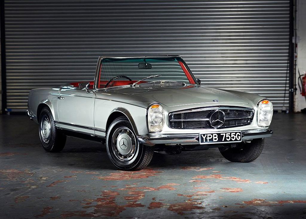 The record-setting Mercedes SL at the Historics April 2021 sale