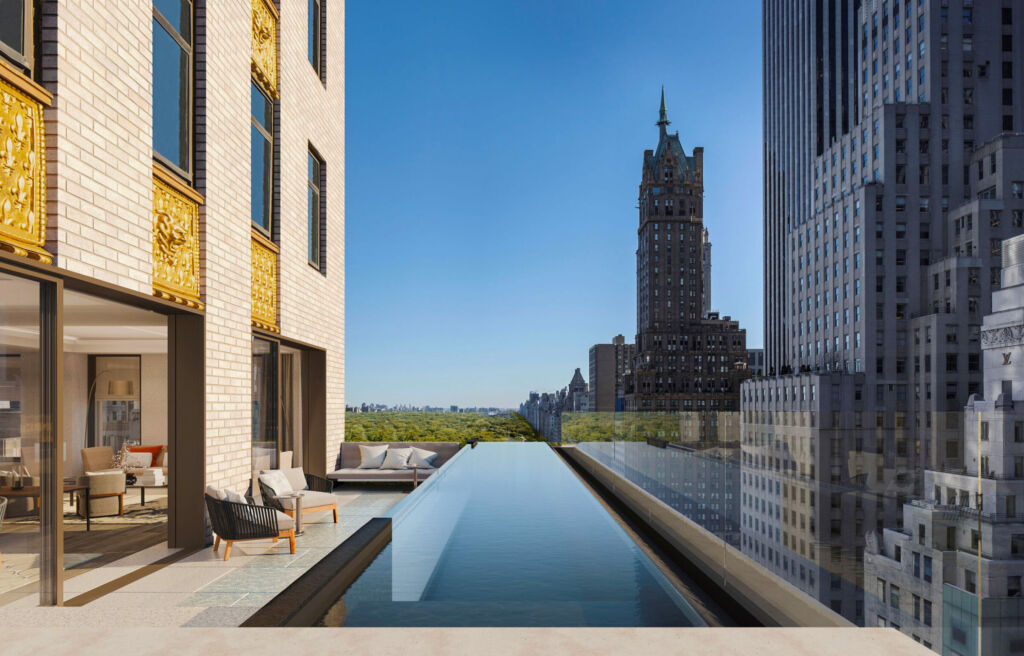 A view over the simming pool at the Aman New York
