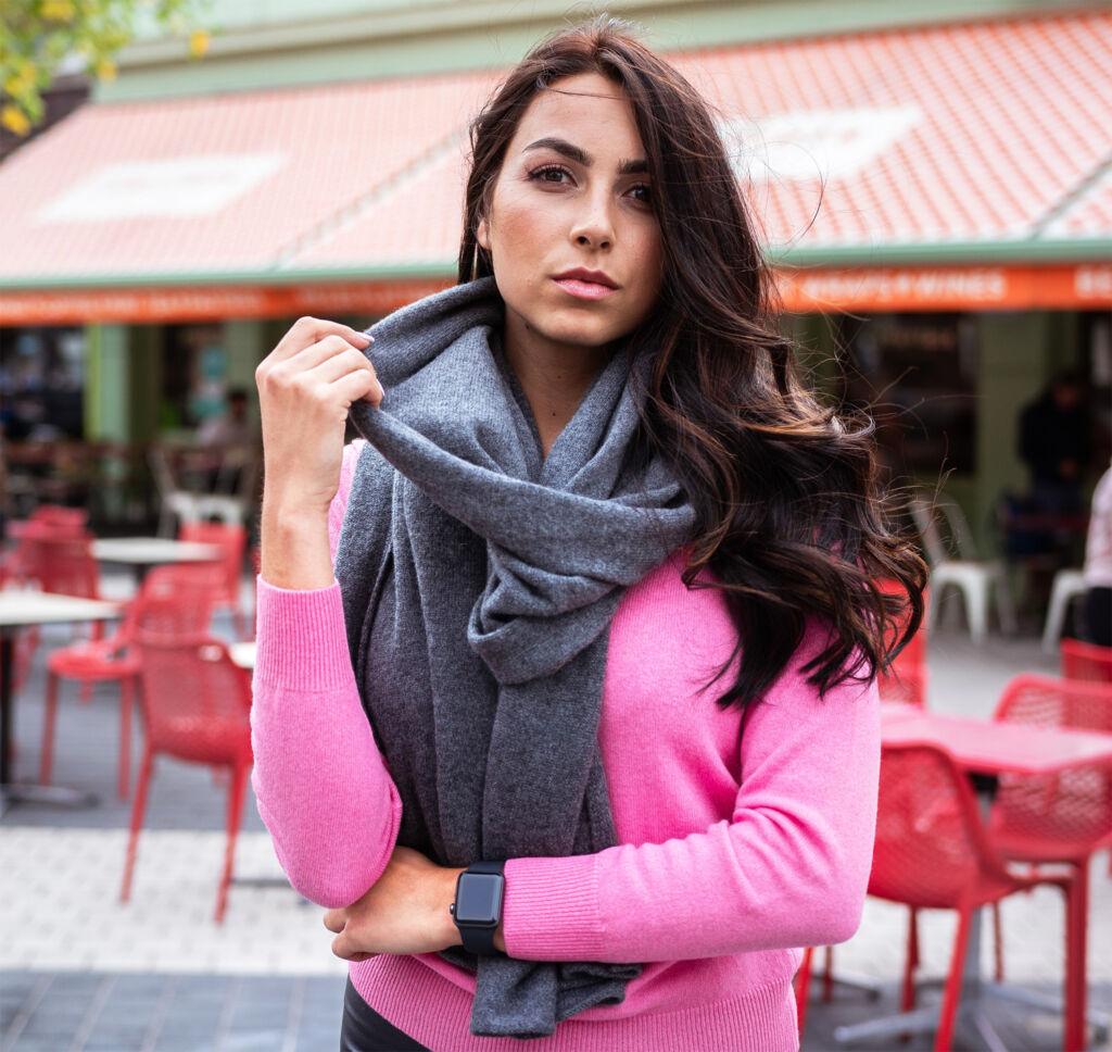Woman wearing Linea Azzurro Cashmere Pink Scoop Neck Jumper