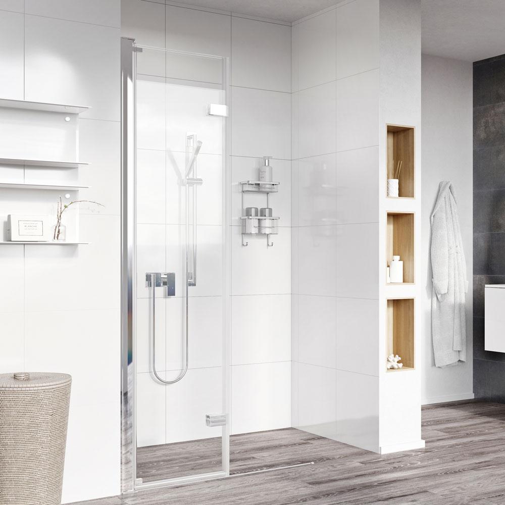 Roman innov8 bi-fold wetroom panels