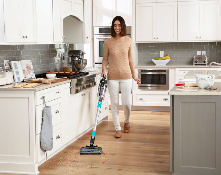 We Put Bissell's MultiReach Active 21V Cordless Vaccum Cleaner To The Test