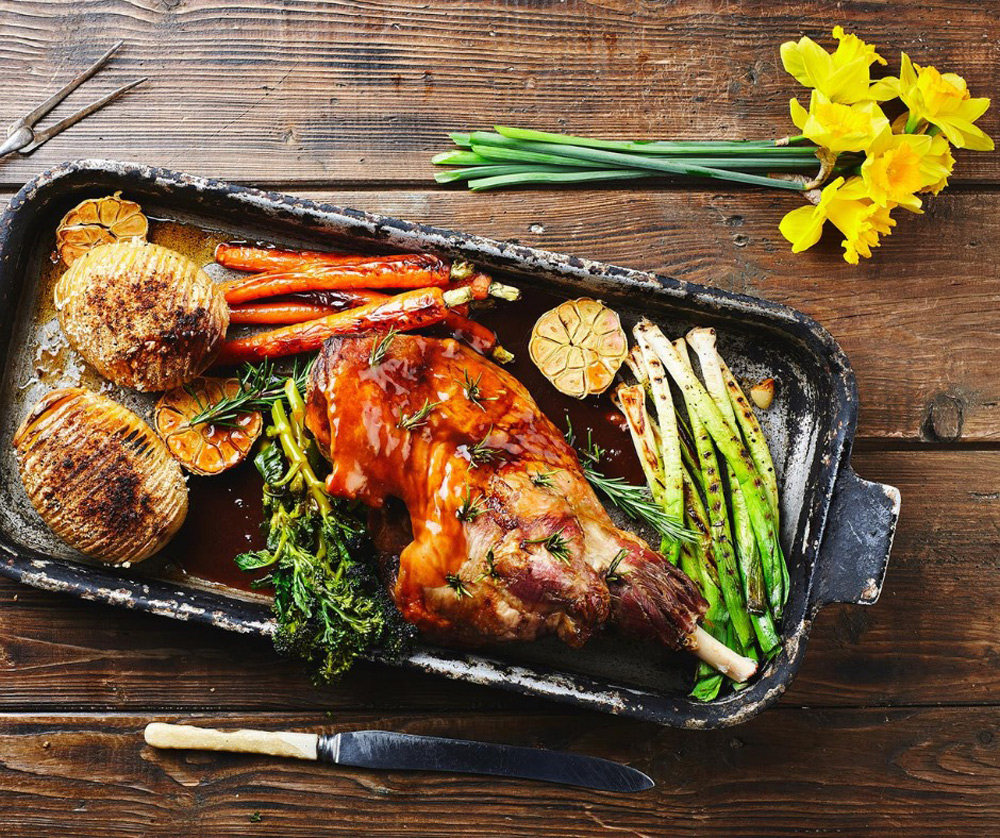 A delicious roast in a dish