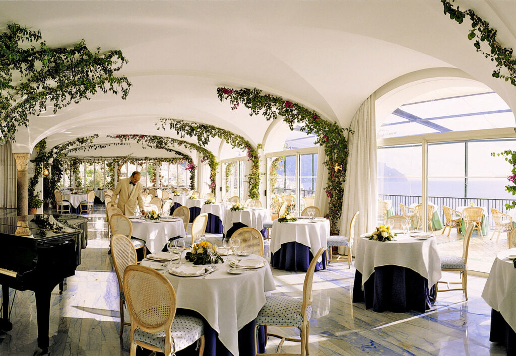Dining by the sea at the Hotel Santa Caterina