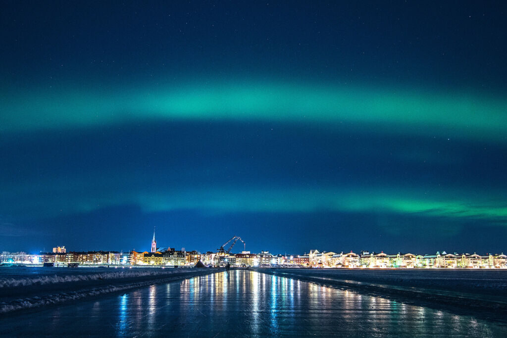 Landing in Lulea at night under the Northern Lights
