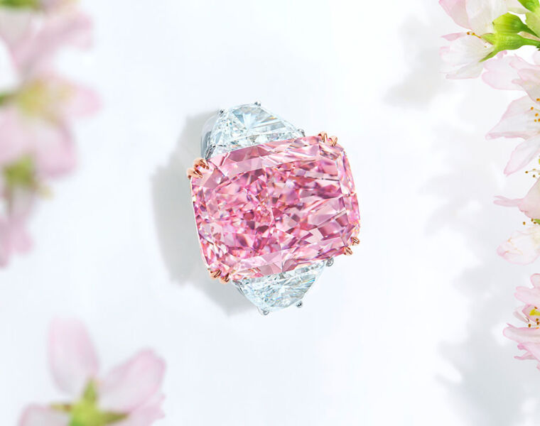 World Record at Christie's 2021 Hong Kong Magnificent Jewels Spring Auction