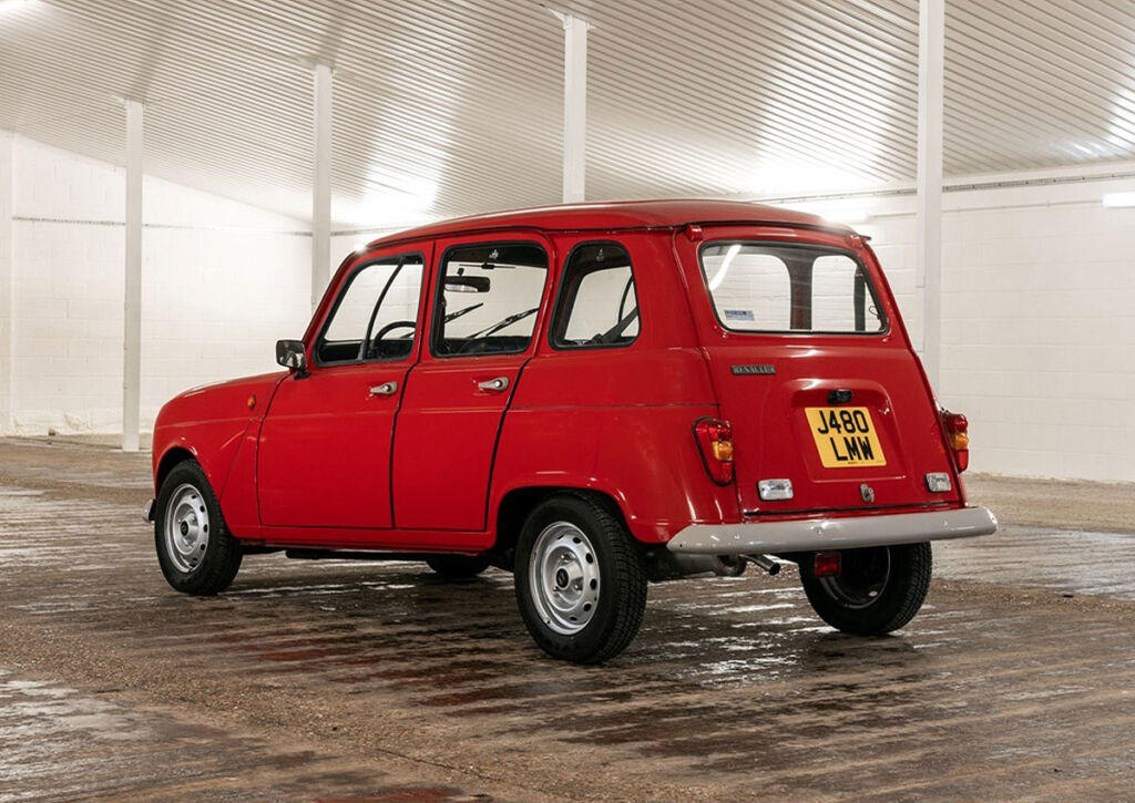 1971 Renault 4 in Red