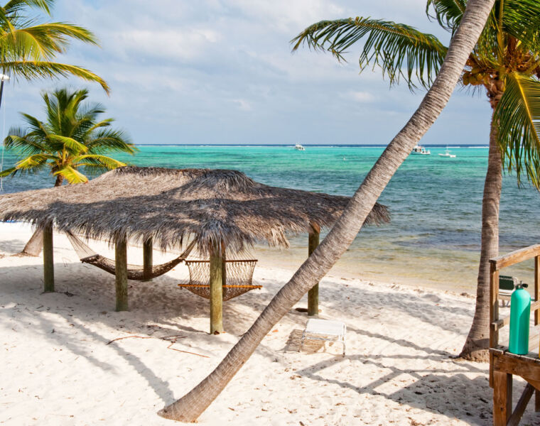 What You Need to Know When Visiting the Beautiful Cayman Islands in 2021