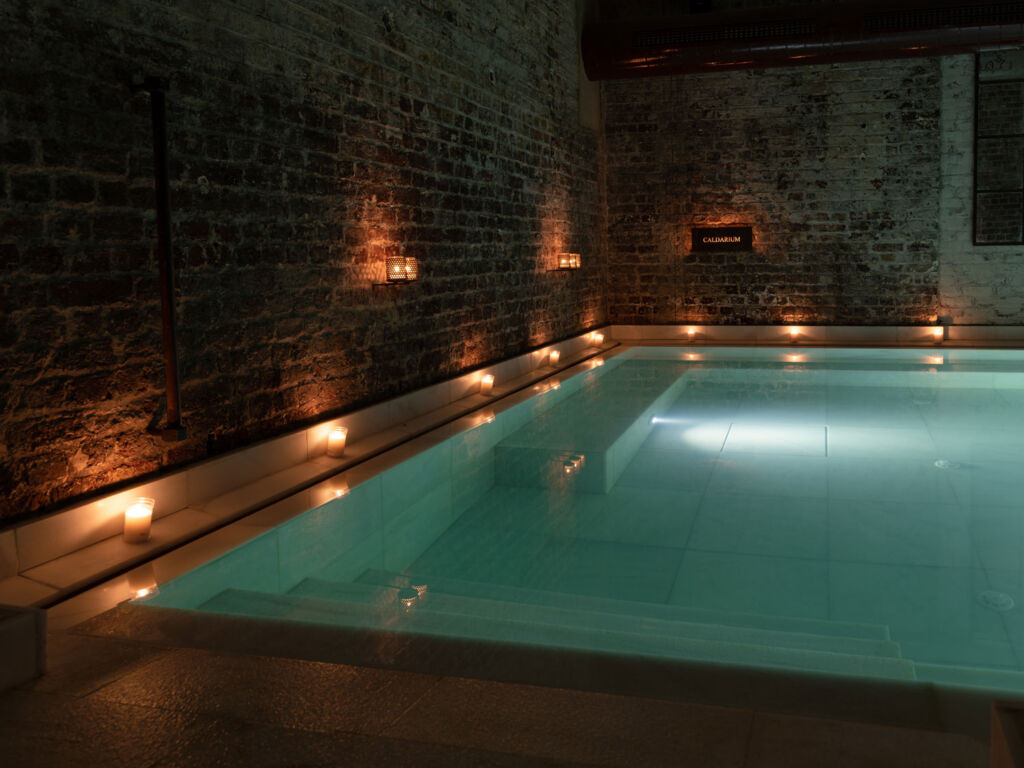 Imagine relaxing in this beautiful hot bath surrounded by candlelight