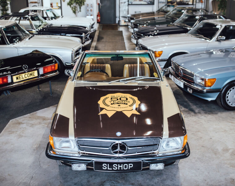 50 Years of the Mercedes R107 SL to be Celebrated at Syon House