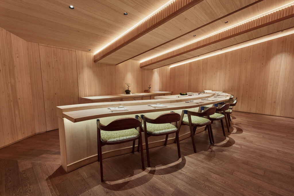 The liberal use of woods inside the restaurant creates a traditional yet contemporary feel for diners