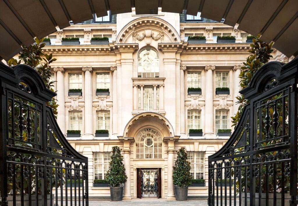 Knightsbridge Circle's Elite Tier: The World's Most Expensive Concierge Service