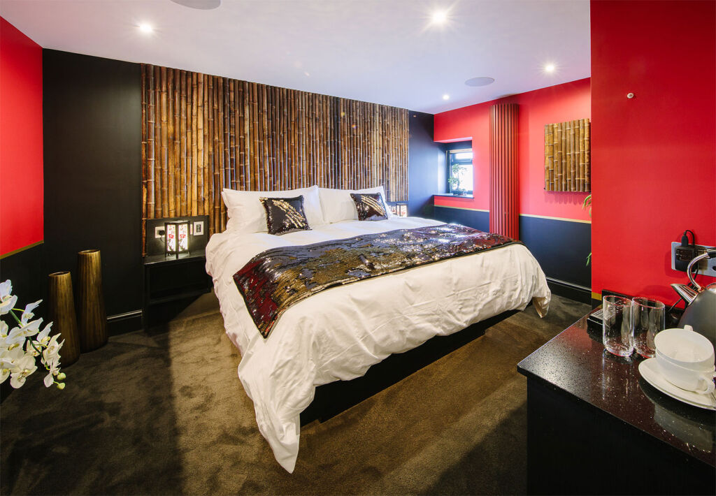 A look inside the Absoluxe Orient bedroom suite