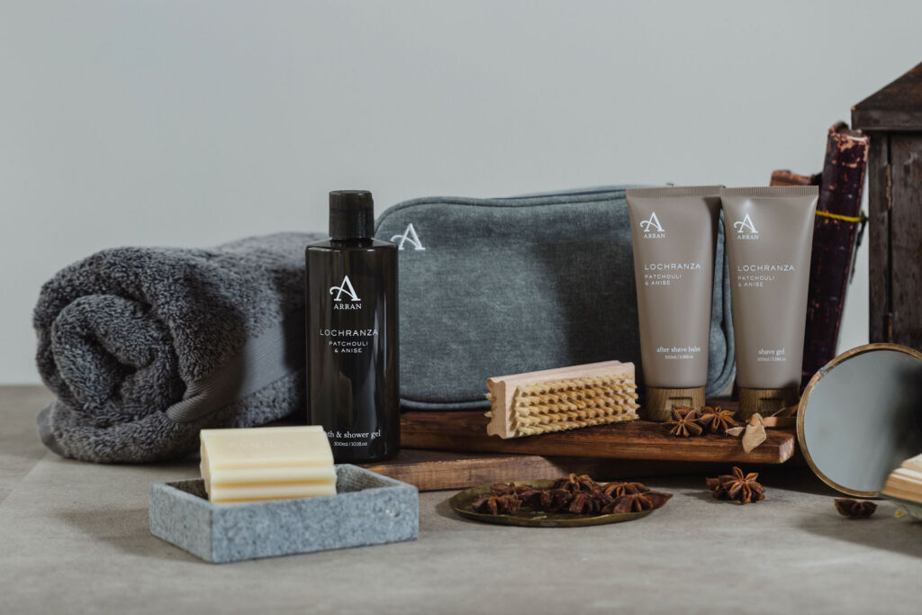 A selection of shave products to provide an example of what you can put in a gift box