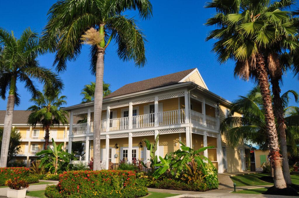 Luxury accommodation at the Sunshine suites