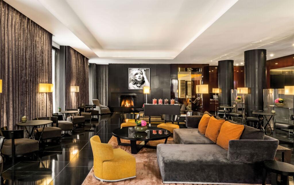 The Bvlgari Hotel London Lounge