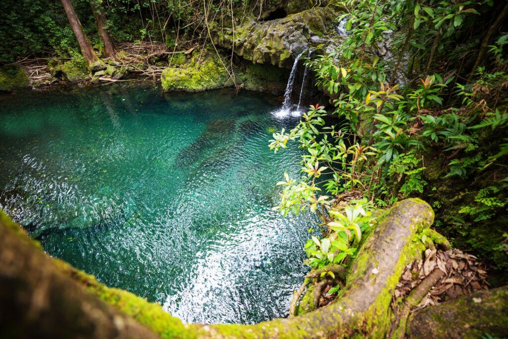 A secret bathing lake and waterfall in Hawaii